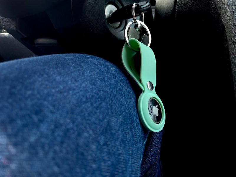 clés d'une voiture en marche